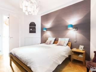 Dormitorios de estilo moderno de Carnets Libellule Moderno