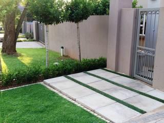 Gorgeous Gardens Walls