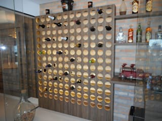 Metamorfose Arquitetura e Urbanismo Modern wine cellar Glass