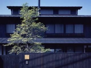 hakusuidai house: 髙岡建築研究室が手掛けた家です。,和風