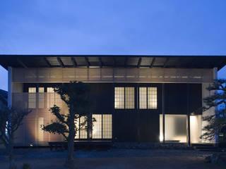 niihama house: 髙岡建築研究室が手掛けた家です。,和風