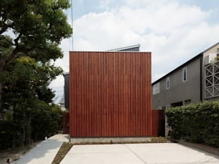 ibaraki house: 髙岡建築研究室が手掛けた家です。,モダン