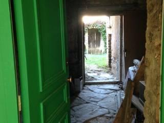 Agence d'architecture intérieure Laurence Faure Pasillos, vestíbulos y escaleras de estilo clásico
