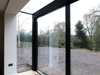 The House in the Wood IQ Glass UK Modern windows & doors