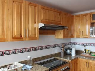Cocina: Cocinas de estilo  por Soluciones Técnicas y de Arquitectura ,