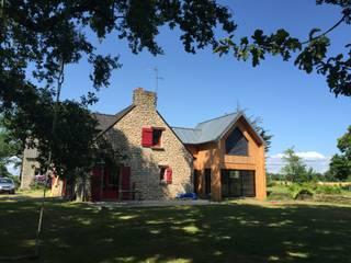 extension sur longere Maisons originales par KER I.M.M.O. Éclectique