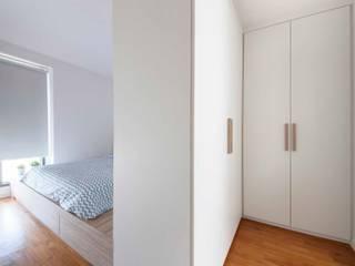 Bedroom by Eightytwo Pte Ltd, Scandinavian