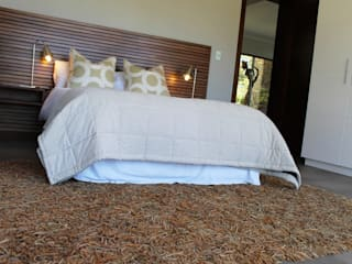 Simbithi Eco Estate 2:  Bedroom by Margaret Berichon Design,