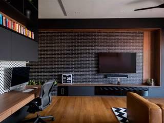 Modern style bedroom by Eightytwo Modern