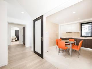 X/A Apartments Cozinhas modernas por Xavier Ávila arquitetos Moderno