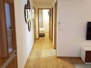 Corridor & hallway by Alma Braguesa Furniture , Eclectic