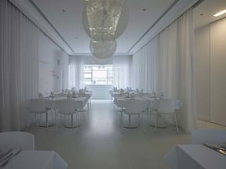 A BRASILEIRA Espaços de restauração modernos por Tralhão Design Center Moderno