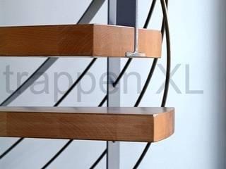 Een bijzonder trappenproject in Flevoland! Moderne exhibitieruimten van TrappenXL Modern