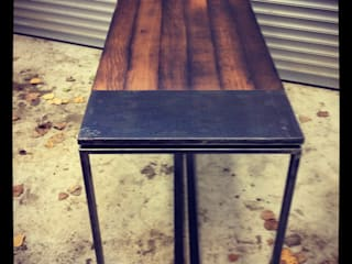 Réalisation d'une table et de banc en Bois de cuves de vin récup-éclaire (Thibaut Richard) Salle à mangerTables Bois massif