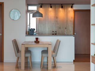 COSTA DEL SOL Scandinavian style dining room by Eightytwo Pte Ltd Scandinavian