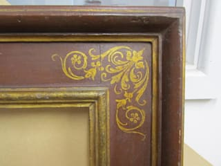 Our reproduction Italian 17th century cassetta frame with corner & centre arabesques di Perceval Designs Classico