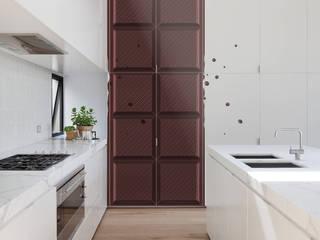 Chocolate Bar Cocinas de estilo moderno de Pixers Moderno
