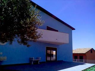 carnera job Case in stile minimalista di interiorstudio Minimalista