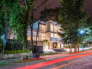 Houses by Sobrado + Ugalde Arquitectos,