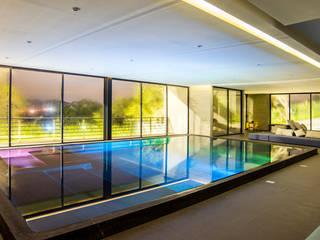PROJECT WAS DELETED!: Albercas de estilo moderno por Sobrado + Ugalde Arquitectos