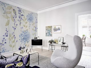 Violet Flowers Eclectic style living room by Pixers Eclectic
