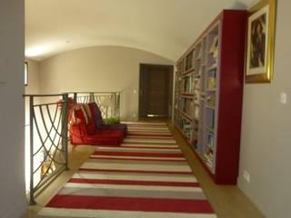 Archionline Modern corridor, hallway & stairs