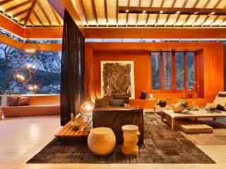 Casa Design 2014: Centros de exposições  por Escritório Ana Meirelles