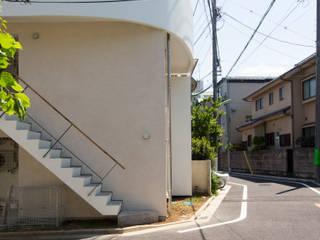 kyodo apartment の 高田和政建築設計室 モダン