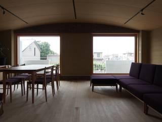 my residence モダンデザインの リビング の 高田和政建築設計室 モダン