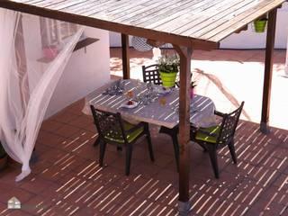 custom casa home staging Balcones y terrazas de estilo mediterráneo
