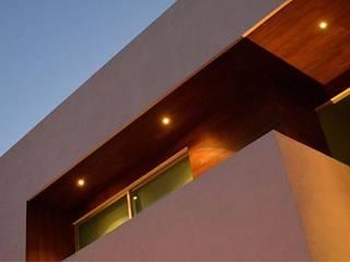 Lomas de Angelopolis, Borja Arquitectos: Casas de estilo  por Borja Arquitectos