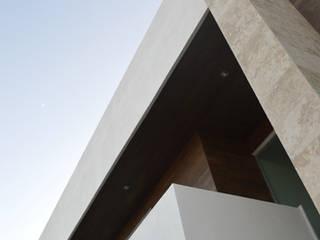 Lomas de Angelopolis, Borja Arquitectos: Casas de estilo moderno por Borja Arquitectos