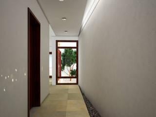 CASA CH-1: Casas de estilo  por MUTAR Arquitectura