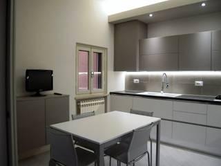 Appartamento in Castiglione delle Stiviere di ARREDAMENTI VOLONGHI s.n.c. Moderno
