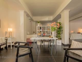 Bureau moderne par Flavia Case Felici Moderne