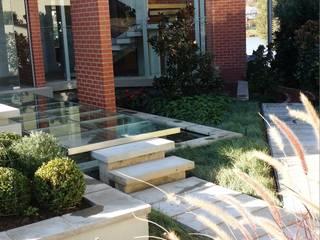 Boardwalk Meander Estate:  Garden by Gorgeous Gardens,