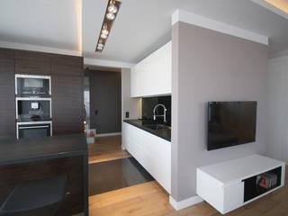 Wnętrze apartamentu Warszawa Mokotów: styl , w kategorii Salon zaprojektowany przez ON/OFF Architekci