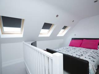 Kamar Tidur oleh The Market Design & Build, Minimalis
