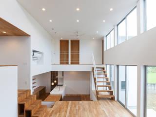 Moderne Wohnzimmer von 中村建築研究室 エヌラボ(n-lab) Modern