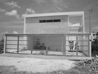 Modern houses by Base cubica Arquitectos Modern
