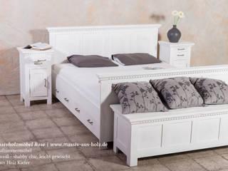 Nachttisch mit ausziehbarem Fach in Weiß massiv Holz Kiefer: modern  von Massiv aus Holz,Modern Massivholz Mehrfarbig
