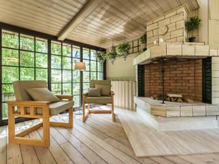 Hiên, sân thượng phong cách công nghiệp bởi Tony House Interior Design & Decoration Công nghiệp