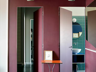 LET ME SEE: Ingresso & Corridoio in stile  di SCEG ARCHITECTS