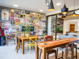 Terrazas de estilo  por Camila Castilho - Arquitetura e Interiores