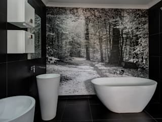 Main Bathroom by homify Country