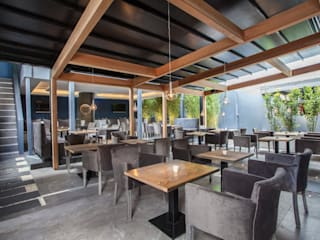 The Banc - Shisha Garden Modern gastronomy by IS AND REN STUDIOS LTD Modern