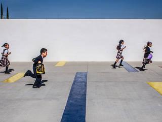 COLEGIO HFS / HFS ARQUITECTOS:  de estilo  por Oscar Hernández - Fotografía de Arquitectura