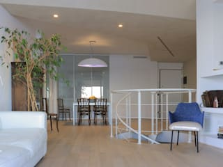 Modern Living Room by AreaNova officina di architettura Modern