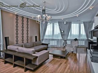 Квартира для большой семьи Гостиные в эклектичном стиле от Дизайнер интерьера Екатерина Семыкина Эклектичный