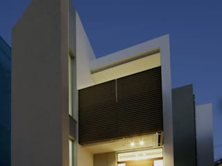 RCの住宅 モダンな 家 の 有限会社 室設計事務所 モダン